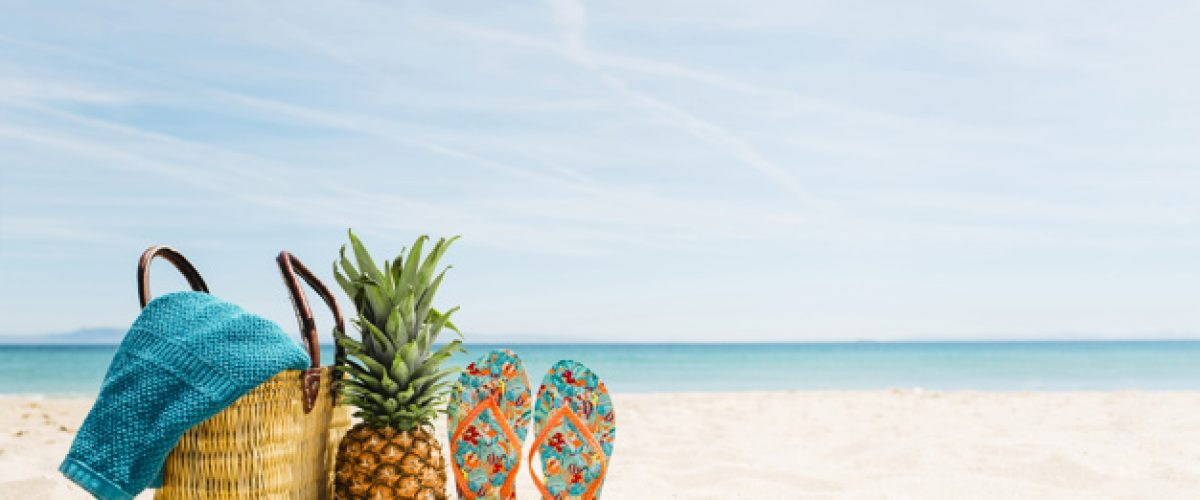 beach-background-with-beach-elements-copyspace_23-2147836084